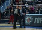 Spāņu treneris preses konferencē aizsvilstas un skarbi kritizē līdzjutējus