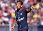 """Alvess: """"Barselona nav visa pasaule, uz PSG nepārgājām naudas dēļ"""""""