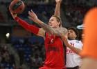 """""""Baskonia"""" desmit uzvaru sērija apraujas pret čempioni, Šmitam ilgs spēles laiks"""