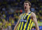 """""""Fenerbahce"""" triumfē Turcijā, tiekot pie 12. valsts čempiontitula"""
