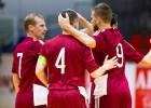 """Sportacentrs.com TV: Latvija pret Angliju telpu futbolā, pieredzējušo vīru kaujā """"Kurbads"""" pret """"Prizmu"""""""
