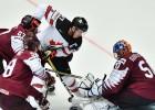 NHL superzvaigzne Makdeivids pēdējā spēlē gūtā savainojuma dēļ izlaidīs PČ