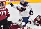 Latvija izlaiž divu vārtu pārsvaru un piekāpjas ASV
