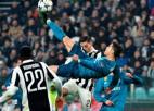 Ronaldu meistarstiķis atzīts par UEFA sezonas labāko vārtu guvumu