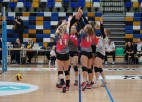 """Latvijas čempionāta finālā volejbolā tiksies RVS un MSĢ/""""Zeltaleja"""" volejbolistes"""