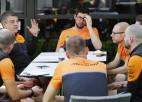 """""""McLaren"""" cietusi milzīgus zaudējumus un atlaidīs 1200 darbiniekus"""