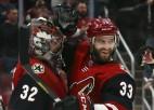 """NHL vēl viens saslimšanas gadījums – pozitīvas analīzes """"Coyotes"""" pārstāvim"""
