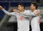 """Levandovskim un Milleram pa diviem vārtiem """"Bayern"""" uzvarā, vadību saglabā """"Leipzig"""""""