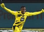 Tikai 16 gadus vecā Mukoko rekordvārti neglābj Dortmundi no zaudējuma
