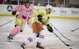 Foto: Sūklis Bobs pret Patriku – ECHL komandas spēlē interesantos tērpos