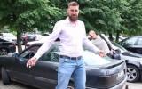 """Video: Valančūns uz izlases treniņu ierodas ar 1992. gada """"Audi 80"""""""