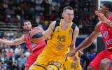 Dairis Bertāns kritizē FIBA izlašu kalendāru un stāsta, kā ir spēlēt kopā ar Švedu