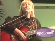 Video: Noklausies- Ieva Akuratere dzied krievu romances