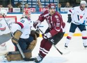 """""""Dinamo"""" kļūdas ļauj """"Slovan"""" garantēt izslēgšanas spēles"""