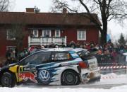Notikumiem bagātajā Zviedrijas rallijā vadībā WRC čempions Ožjē