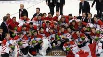 Kanādas hokejisti izcīna zelta godalgas