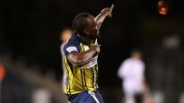 Izcilais sprinteris Bolts gūst savus pirmos vārtus profesionālajā futbolā