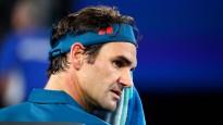 Pat leģendām vajag akreditāciju: Federers netiek garām apsargam