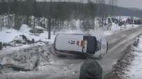Seska ekipāža Zviedrijas WRC rallijā piedzīvo avāriju