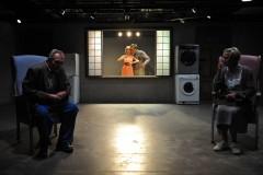 """Foto: Latvijas Nacionālajā teātrī uz skatuves """"Ciemiņi"""". Ināras Sluckas režijā"""