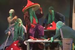 Video: Slavenais stāsts Brēmenes muzikanti. Izrādes fragmenti