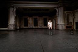 """Starptautiskais jaunā teātra festivāls """"Homo Novus"""" šonedēļ piedāvā programmas  """"Uzmanību, Austrija!"""" pēdējo cēlienu"""