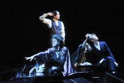 """Režisors Vladislavs Nastavševs Dailes teātrī iestudējis izrādi """"Peldošie – ceļojošie. II daļa"""""""