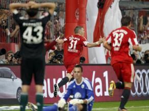 """Šveinšteigers izrauj """"Bayern"""" uzvaru sezonas startā"""