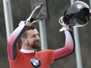 M.Dukurs iztur spriedzi un triumfē gan Eiropas čempionātā, gan PK posmā