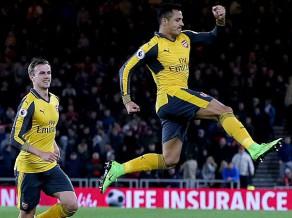 """""""Arsenal"""" par mata tiesu izmūk no neveiksmes un uzveic pastarīti"""