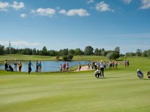 Startē 30. Latvijas Amatieru čempionāts golfā