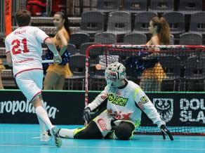 Šveicieši uzvar pasaules čempionus, finālā pret zviedriem