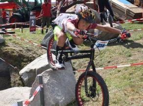"""Latvijas triāla komanda dodas uz """"UCI Trial Youth Games"""" Dānijā"""