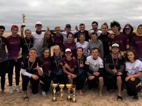 Pirmajā pludmales čempionātā triumfē salaspilieši