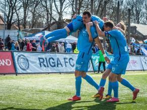 """Pētersons ar skaistu tālsitienu ļauj """"Riga FC"""" izcīnīt pirmo uzvaru šosezon"""