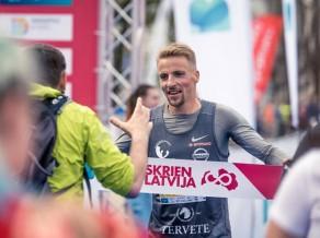 Girgensons un Marhele triumfē Daugavpils pusmaratonā
