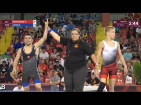 Morozovs zaudē Eiropas kadetu čempionāta bronzas cīņā