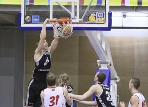 Mejeris, Timma un Jakovičs nosargā VEF uzvaru Liepājā