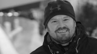 37 gadu vecumā miris ASV bobslejists Stīvens Holkombs