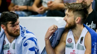 """Lietuviešu dvīņi Lavrinoviči nebeidz karjeru un kopā ar Lejasmeieru spēlēs """"Prienai"""""""