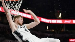 Dāvja uzvaru sērija turpinās, Dairim pirmie NBA punkti, Kurucam zaudējums