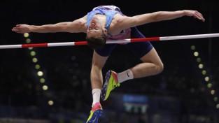 Krievijas Vieglatlētikas federācija apsūdzēta antidopinga noteikumu pārkāpuma piesegšanā