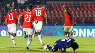 """""""Copa America"""" čempione turnīru ievada ar Āzijas kausa finālistes sagraušanu"""