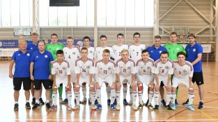 Latvijas U19 telpu futbola izlase pārbaudes spēlē uzvar pretinieci EČ