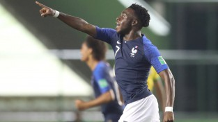 """PSG audzēkņa """"hat-trick"""" atnes Francijas izlasei bronzu U17 Pasaules kausā"""
