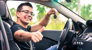 Kā nepārtērēties, rūpējoties par savu auto?