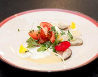 Salāti krēmsiera mērcē