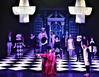 """Daugavpils teātra izrādi """"Kailais karalis"""" varēs noskatīties M. Čehova Rīgas Krievu teātrī"""