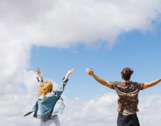 6 praktiski padomi, kas palīdzēs izkopt pozitīvo domāšanu