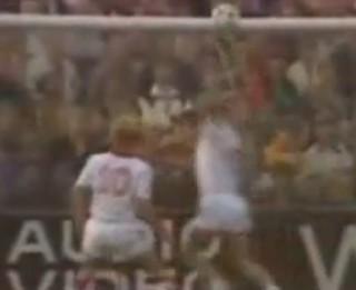 Video: Visu laiku neveiklākie uzbrukuma noslēgumi futbolā